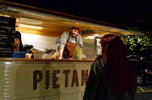 2016_stirchley_market_november_pietanic_1_800
