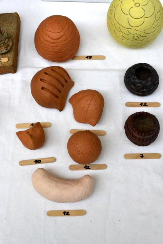 Small items of pottery from Mirta Vargas Ceramics